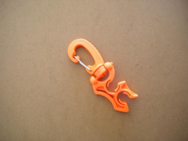 """Heavy Duty 2 Holder Hose Clip  """"Orange"""" - Product Image"""
