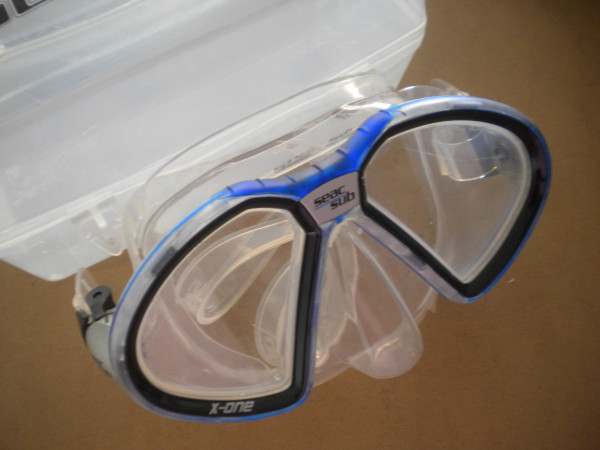 """Seac Sub X-One Mask Blue frame / Clear Skirt """"3 ONLY!"""" w/ plastic mask box! - Product Image"""